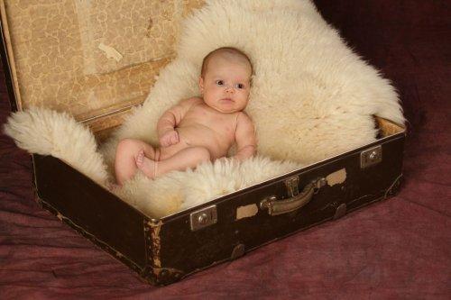 Dáreček v kufru :-) necelé dva měsíce...