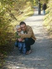 tatínek s tomáškem říjen 2008 Průhonice