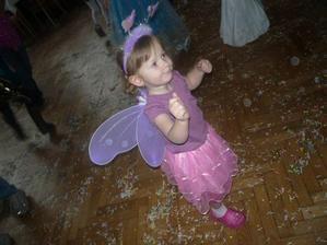 tančící motýlek