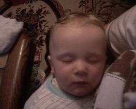 23.4.2009 v 8hodin se usosal ke spánku - už mi je 9 a půl měsíce