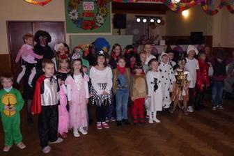 Dětský školní karneval:-)