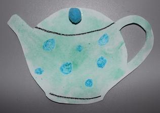 Kuchyně & jídlo_ konvička na čaj (voskovky, vodové barvy, lepení - kulička)