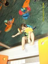ve školce v kurzu plavání leden 2013