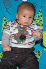obleček pro mimi 3 - 6 měsíců :-)))
