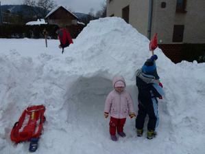 Postavili jsme si bunkr:-)