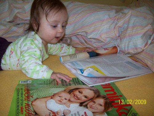 Kačenka čte odborné časopisy ;)