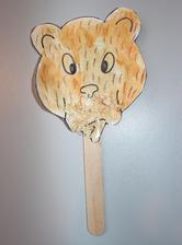 medvěd (voskovka + vodovky + lepení pilin na čumák)