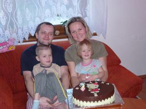 Celá rodinka:-)