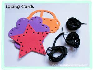 """provlékačky """"LACING CARDS"""" (lze vyhledat i ktisku na googlu)"""