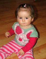 A druhá už taky velká holčička :)