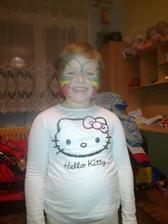 Lucinka přišla z oslavy, kde se malovalo na obličej:-)