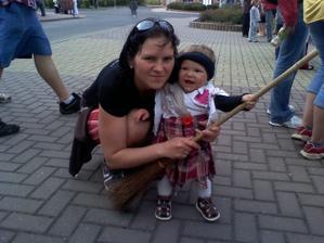 30.4.2010 maminky čarodějnička...;-)