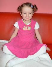 Tatínek má svátek, tak jsme se vyfikly :) Jedna princezna..