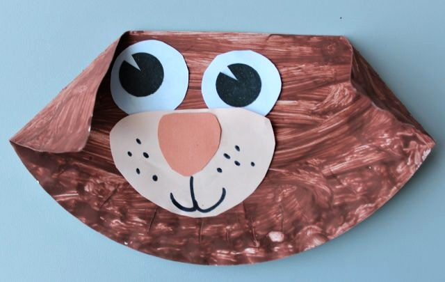 Domácí zvířata_pejsek (papírový talíř, vodovky, barevné papíry, lepení)