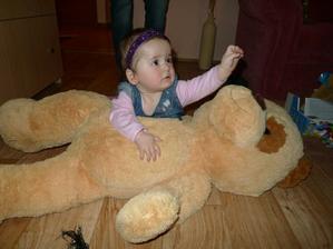 Největší dar od babičky - pes Emilek :)