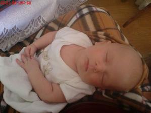 u maminky v klíně usnu,když mě bolí bříško