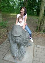 Gorila, Anička, Marika. Poznáte, kdo je kdo?? :))