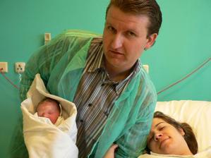 Pár minut po porodu šťastná rodinka :-)