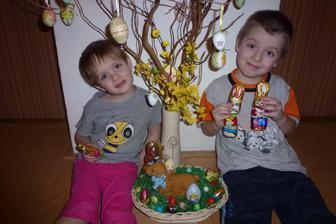Veselé Velikonoce všem tetkám koníkovkám:-)))