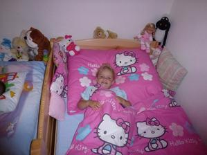 Tady už naostro v nové velké posteli:-)