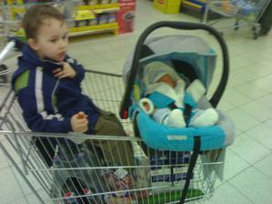 naše první  nakupování