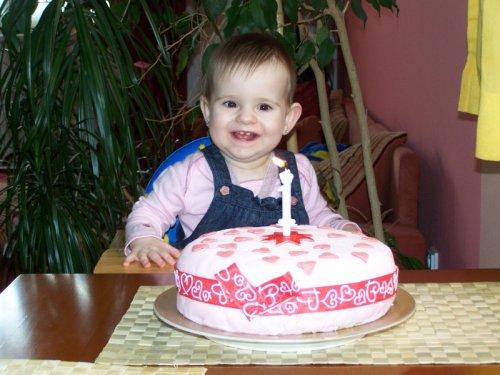 S dortem,který dělala sama maminka