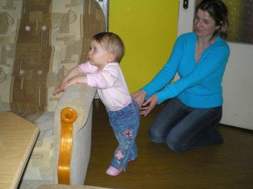 14 měsíců- poprvé jsem se sama postavila