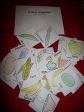 rozdělování ovoce a zeleniny www.kizclub.com foto https://picasaweb.google.com/116251492591397845055/BusyBag?authuser=0&feat=directlink#