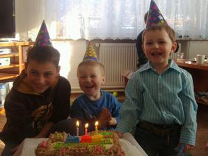 Misa a jeho bratranci