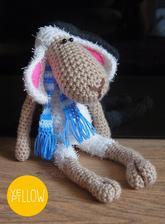 háčkovaná ovečka pro roční holčičku