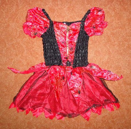 Kostým šaty čarodějnice, george, vel. 5-6 let.,