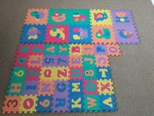 Pěnové puzzle,