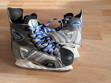 Hokejové & juniorské brusle botas quasar vel. 33,
