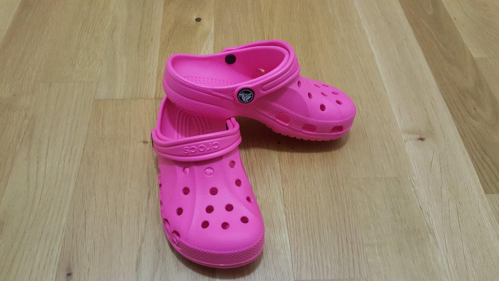 24652e74d86 Crocs baya