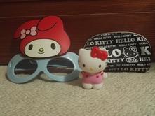 Hello kitty taštička postavička brýle,