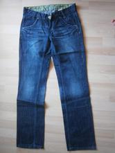 Dámské džíny, 32