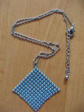 Bižuterie - náhrdelník,