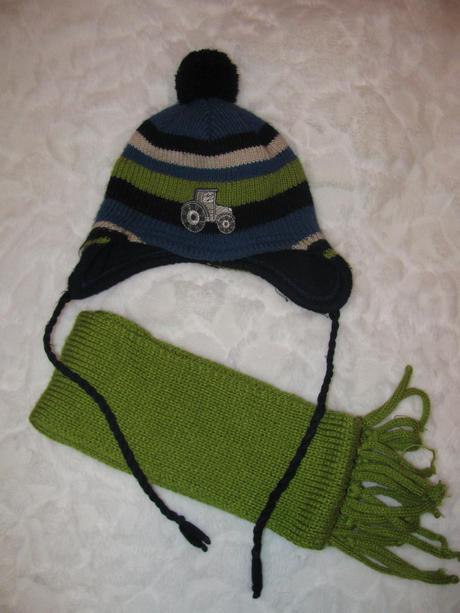 Zimní komplet čepice a šály, 98