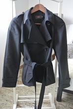 Černý značkový podzimní baloňák reiss vel. xs, xs