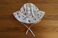 Květovaný klobouček, h&m,68