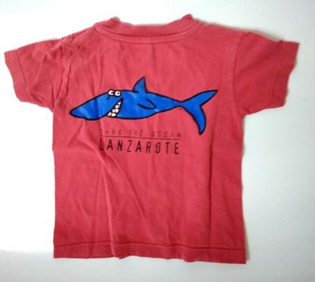 P32 - tričko se žralokem , 80