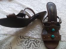 Pantofle s kamínkem, 39