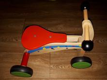 Dřevěná motorka playtive,