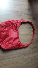 Červená kabelka,