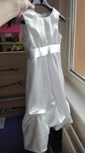 Slavnostní šaty, 92