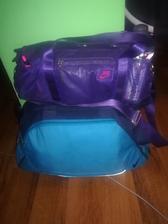 Zabalené tašky na zítra do porodnice