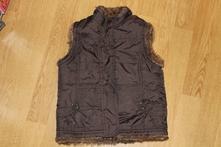 Chlupatá vesta, 104