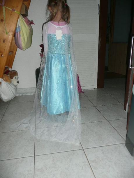 ed83d8559c7f Šaty princezna frozen ledové král. elsa 122-140