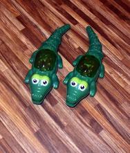 2x natahovací svícítíci krokodýl,
