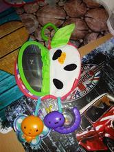 Závěsná hračka - jablíčko,